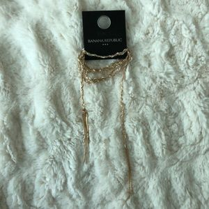 NWT Banana Republic White and Gold Necklace